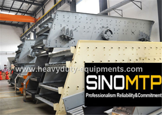 Çin 970R / Min REV Stone Crusher Vibrating Screen With Long Flowing Line Fabrika